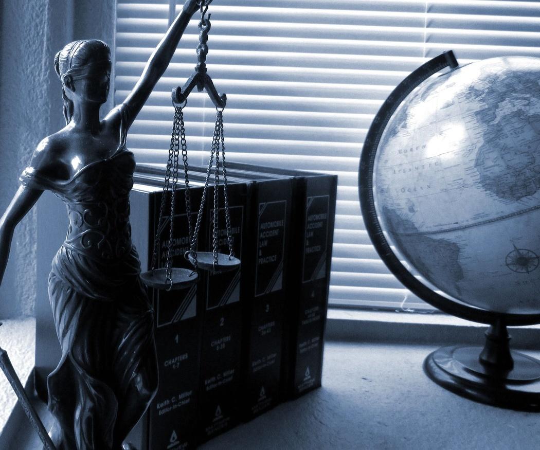 ¿Cuándo necesito un abogado penalista si administro una empresa?
