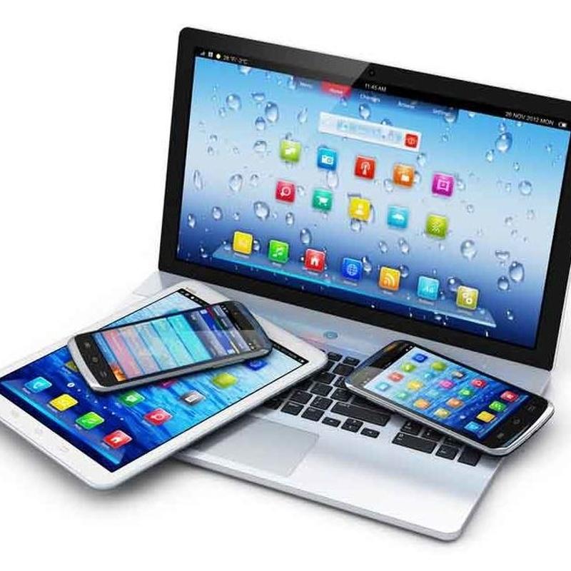 Carga de baterias para moviles y portatiles: Servicios de Camping Faro de Trafalgar