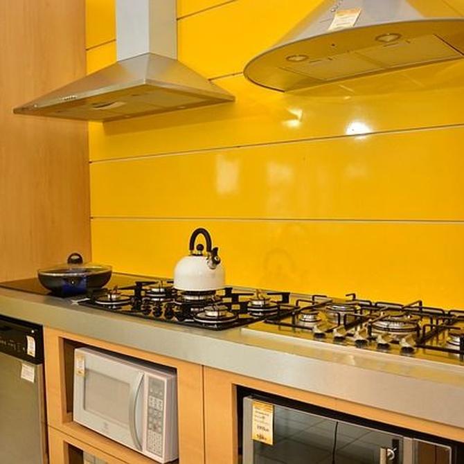 Cómo amueblar y decorar una cocina con poca luz
