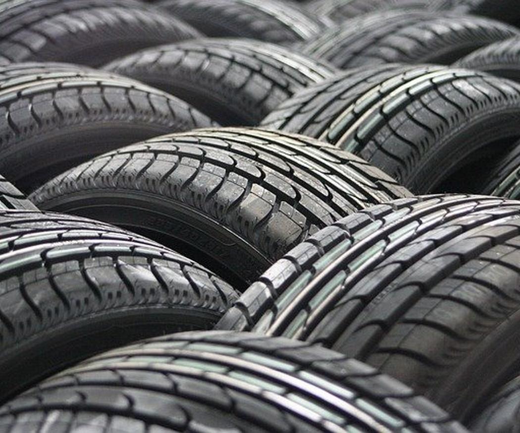 Cambiar los neumáticos mejora la seguridad en carretera