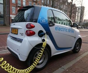 Reparación de coches eléctricos y híbridos