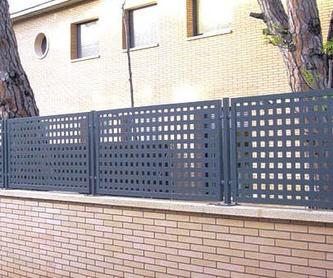 Puertas para vallas de aluminio: Productos y Servicios   de Cerrajería Mafesa