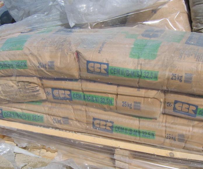 Cementos y morteros: Materiales de Almacenes Luis Pombar
