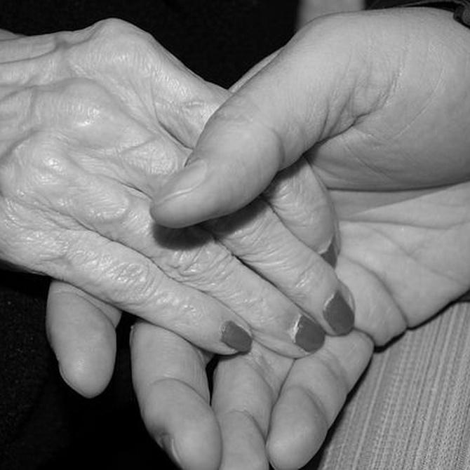 Los primeros síntomas del Alzheimer