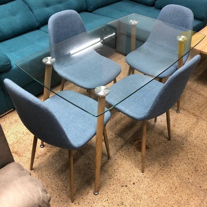 Mesa cristal y 4 sillas en color azul: Productos de Remar Castellón