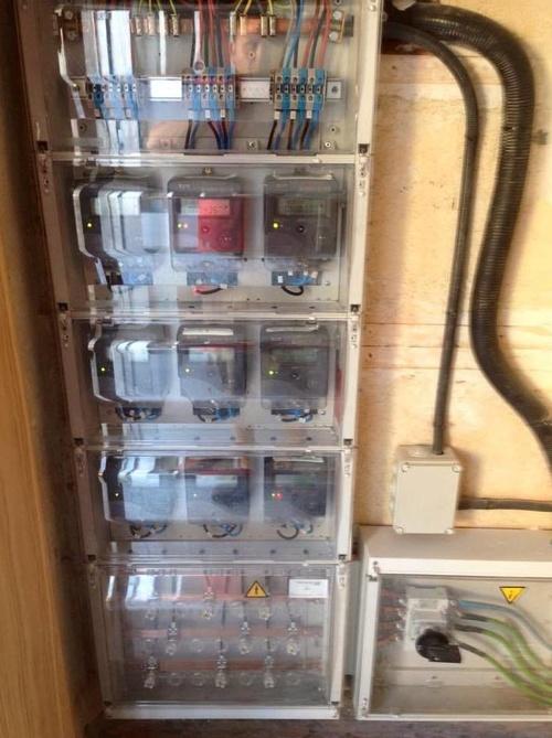 Montajes eléctricos para edificios en Ávila