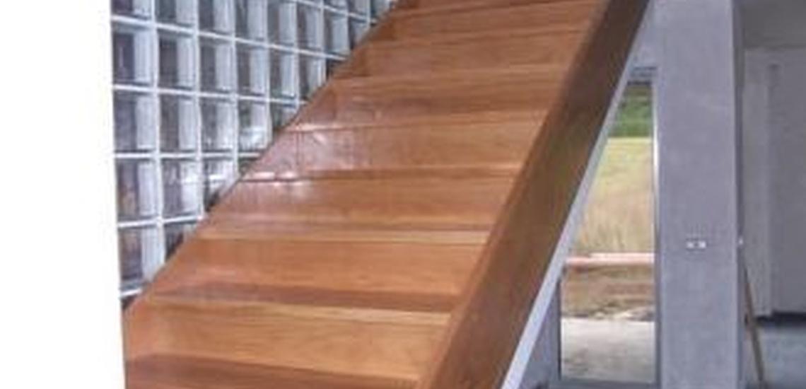 Escaleras interiores al mejor precio en Suances