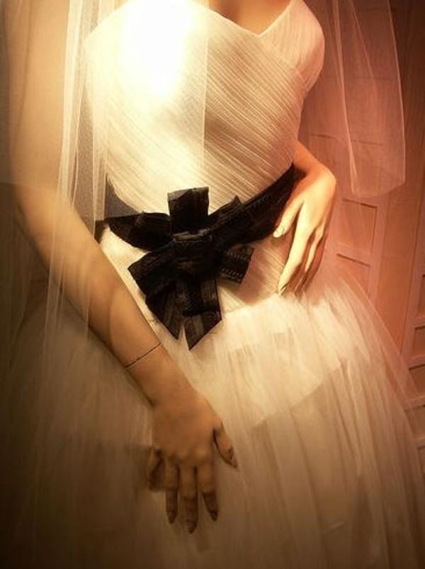 Vestidos de novia y comunión: Servicios de Wet Sec Tintorería
