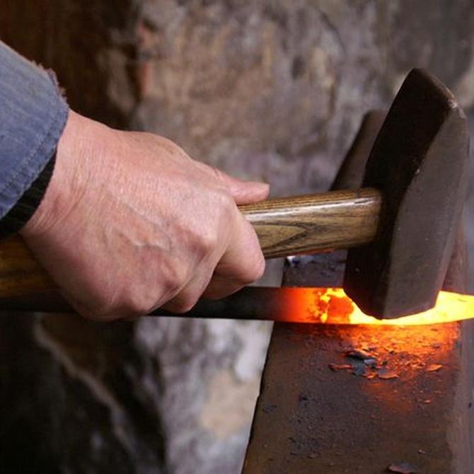 ¿Conoces las características del hierro y del acero?