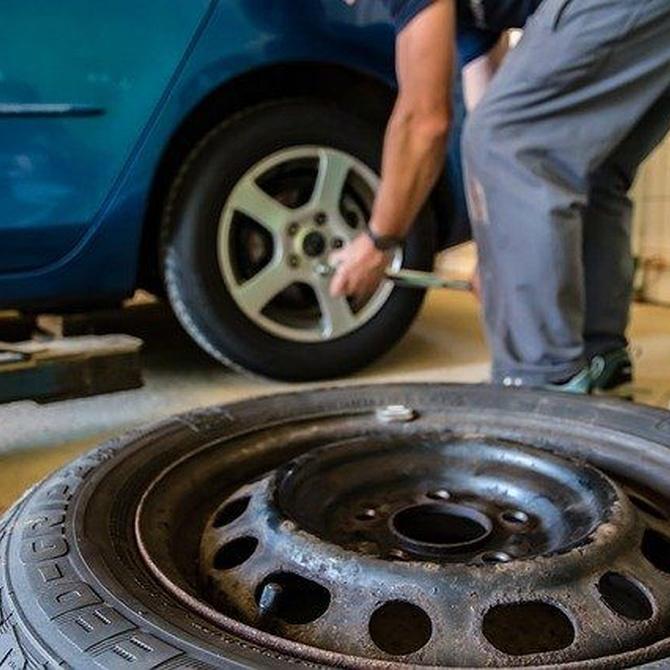 Cuándo debo cambiar los neumáticos de mi coche