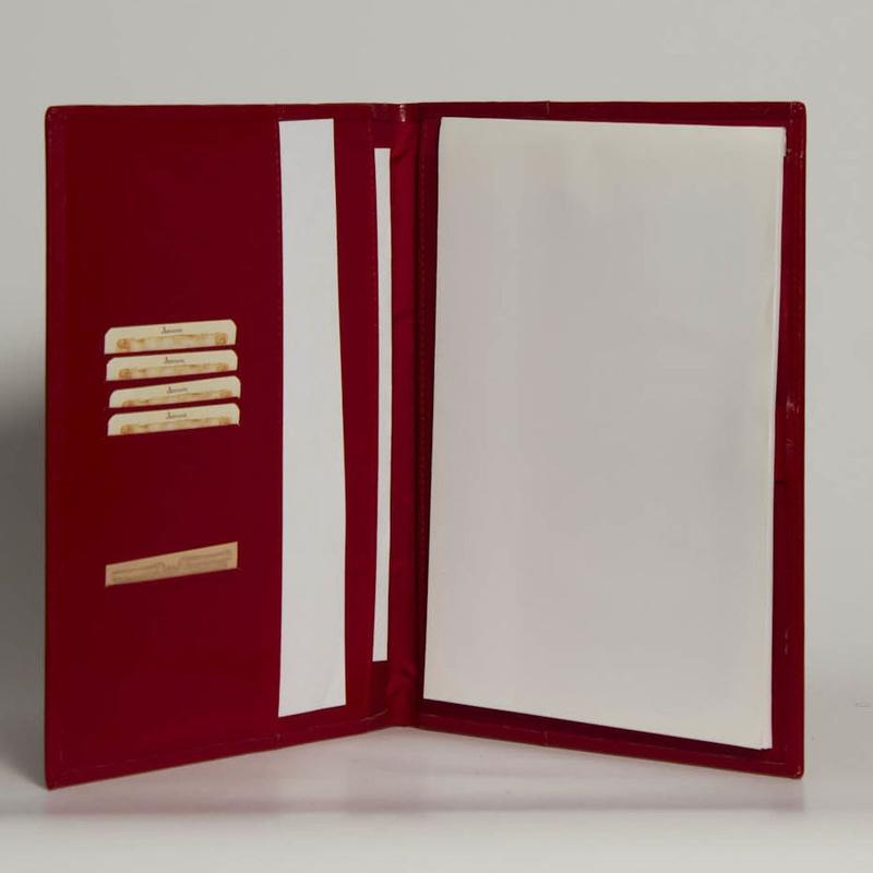 Portafolios PF-01355: Catálogo de M.G. Piel