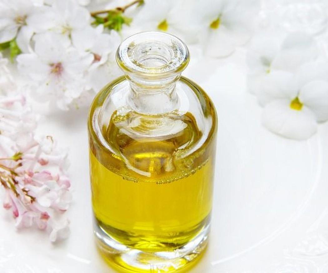 Los beneficios del aceite de rosa mosqueta para el cuerpo