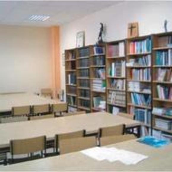 Biblioteca: SERVICIOS QUE OFRECEMOS de Residencia Universitaria Don Bosco