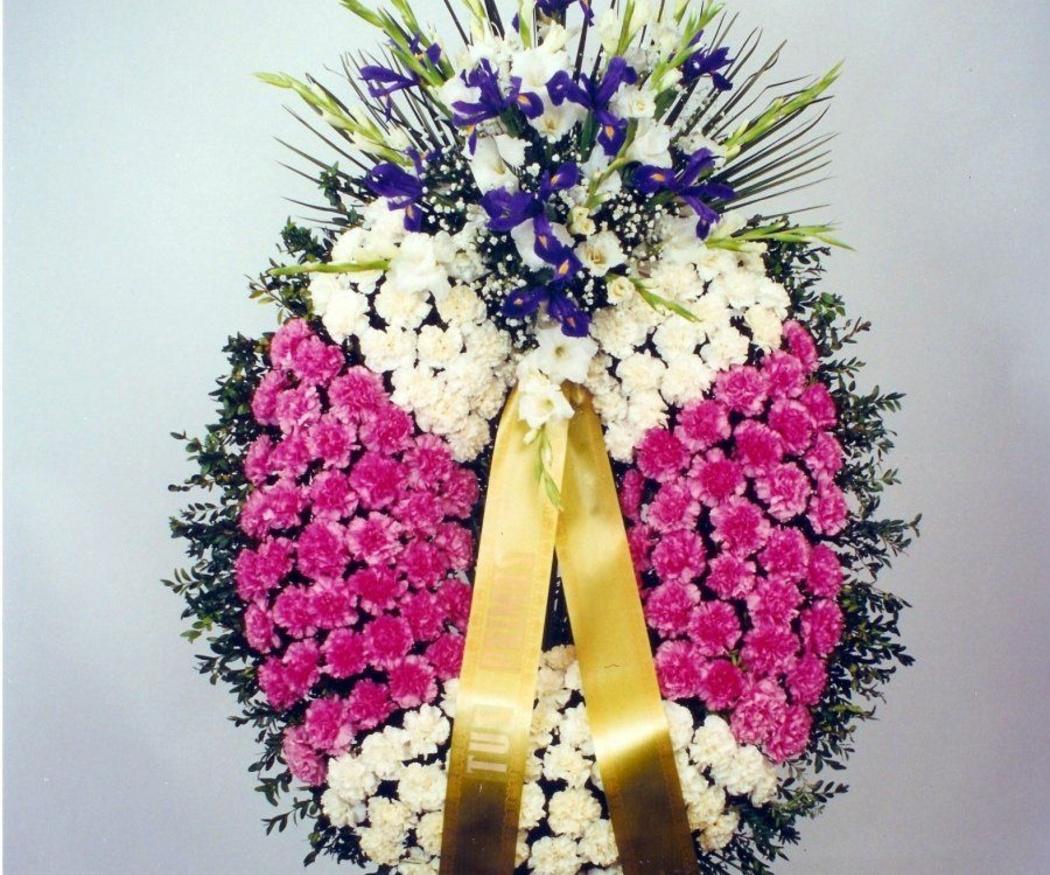 La historia de las coronas funerarias