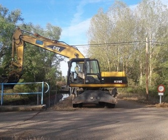 Acondicionamiento de carreteras: Servicios de Excavaciones Marco A. Llamazares