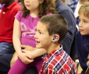 ¿Qué tipos de audífonos hay?