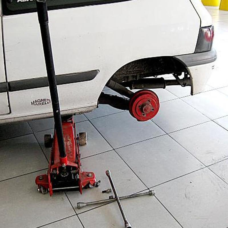 cambio y revisión de neumáticos