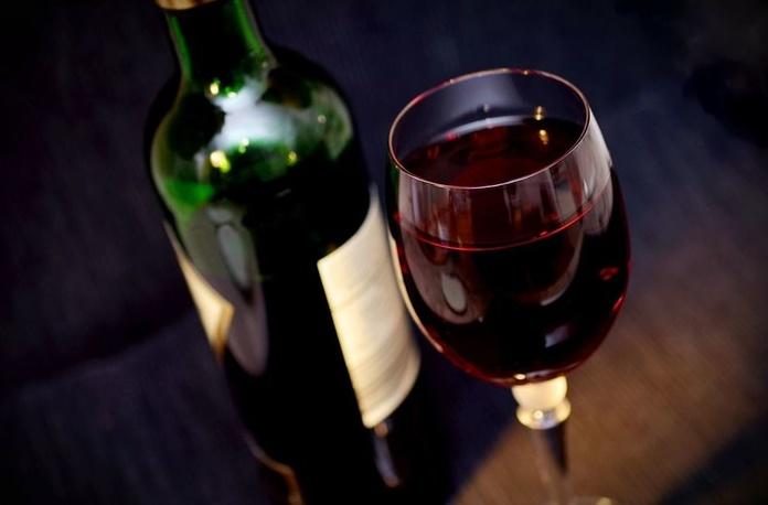 Vino tinto Rioja: Carta de La Casona Alicantina