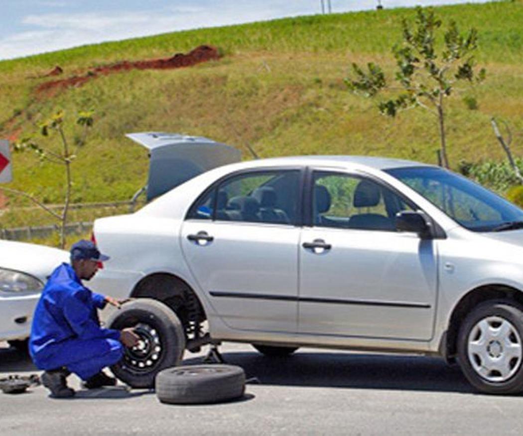 Cómo se cambia una rueda