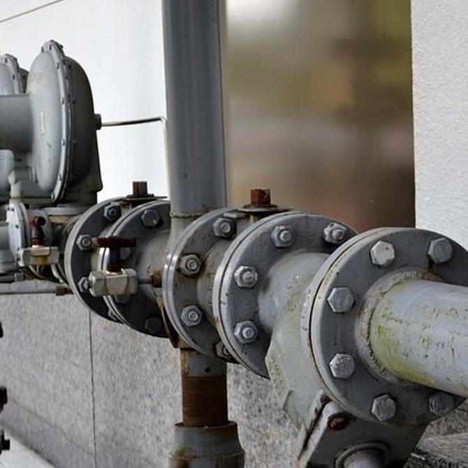 ¿Cómo actúa la cal para atascar una tubería? Aguas duras y más
