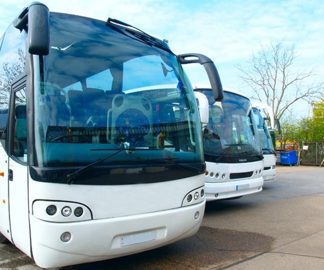 Viajes seguros alquilando autobuses para bodas