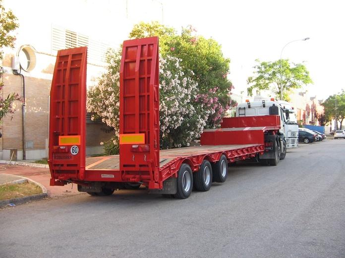 Transportes: Servicios de Transportes Especiales Ruíz