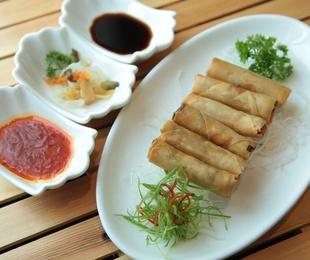 Las salsas que no pueden faltar en cualquier comida china