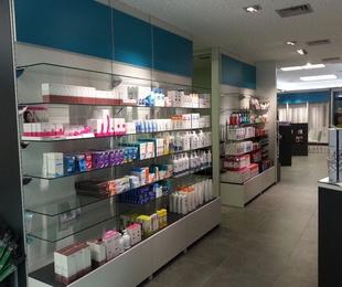 Mobiliario económico para Farmacia en Barcelona