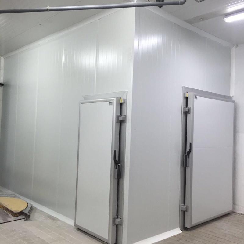 Puerta Batiente frigorífica