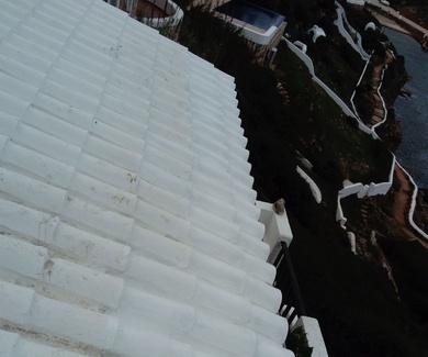 Cambio de tejas en tejado de cala morell