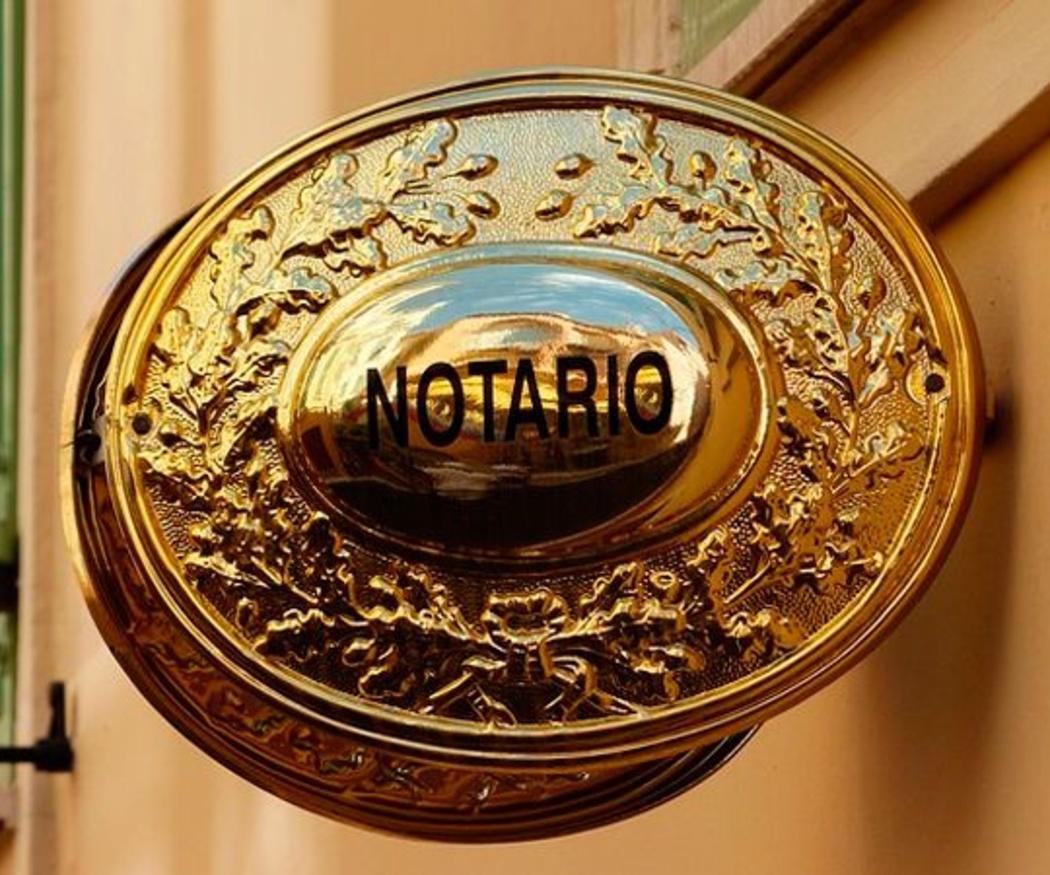 El notario: una figura de la democracia