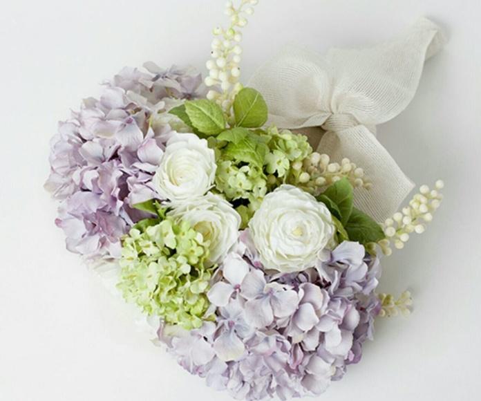 Flor artificial:  Arreglos florales por encargo. Plantas exterior: ¿Qué hacemos? de Ches Pa, S.L.