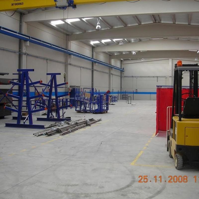 Construcción y rehabilitación de naves: Trabajos de Construcciones Reformas Hermanos Bordetas
