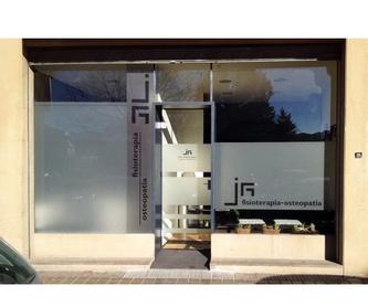 EGUIBER. NUEVA NAVE INDUSTRIAL Y DE OFICINAS EN ATXONDO.: Servicios y proyectos de Maurtua Arquitectos