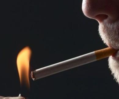 Cómo afecta el tabaco a mis dientes