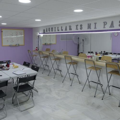 Cursos de maquillaje en Jerez de la Frontera | Brush Up Escuela