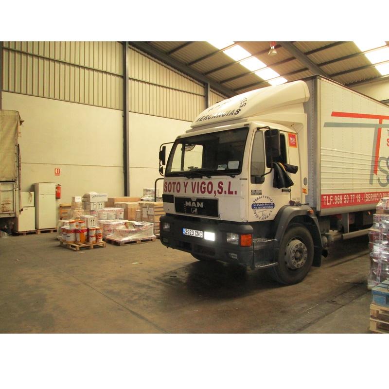 Servicios: Transporte de mercancías de Transportes Soto y Vigo, S.L.