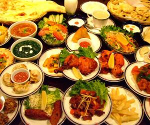 Gran variedad de platos indios