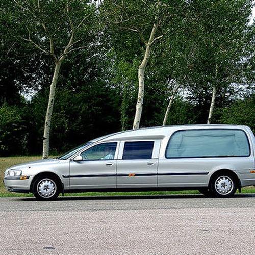 Funeraria tanatorio, 24h del día a su disposición, traslados nacionales e internacionales
