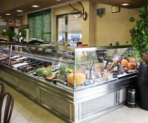 Expositor productos Restaurante El Puerto