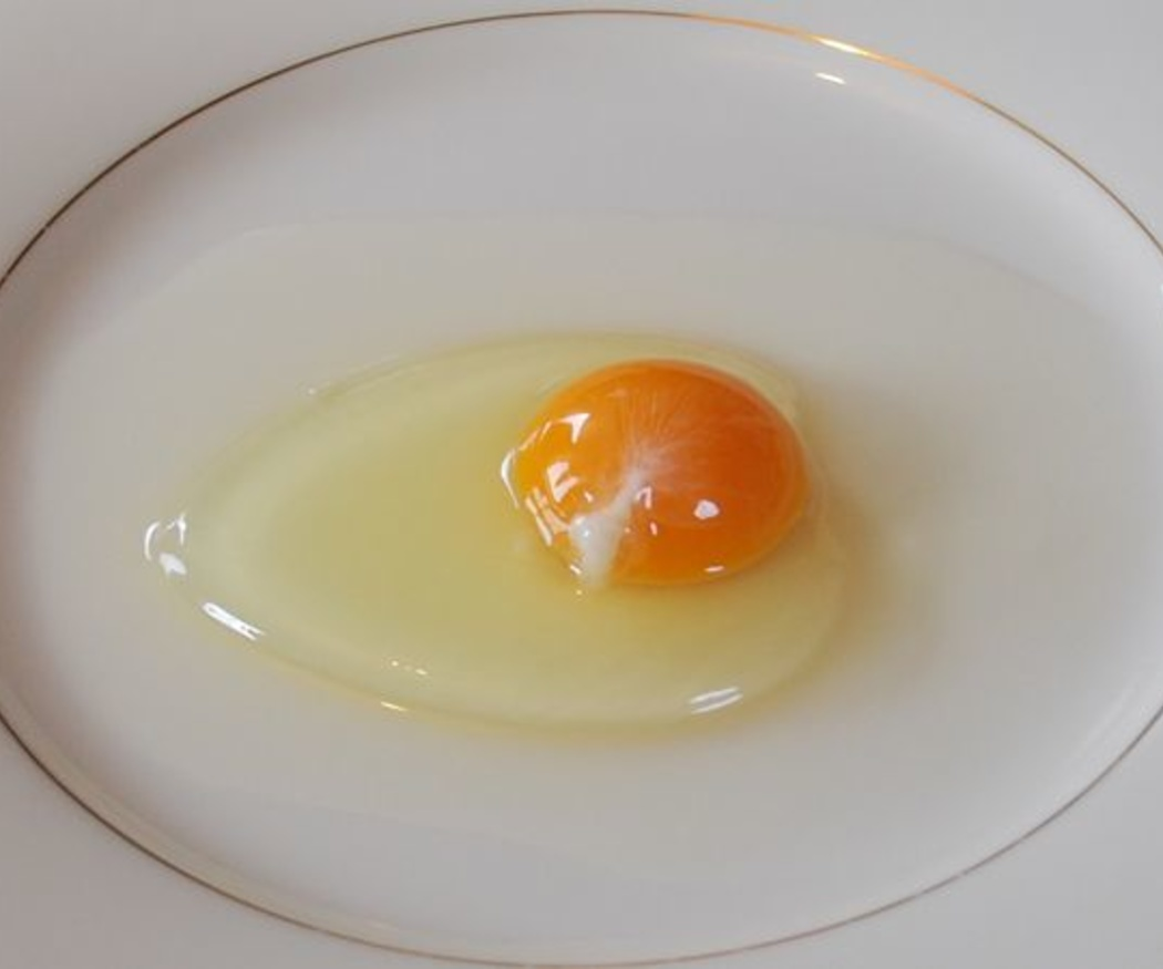 Beneficios de tomar claras de huevo