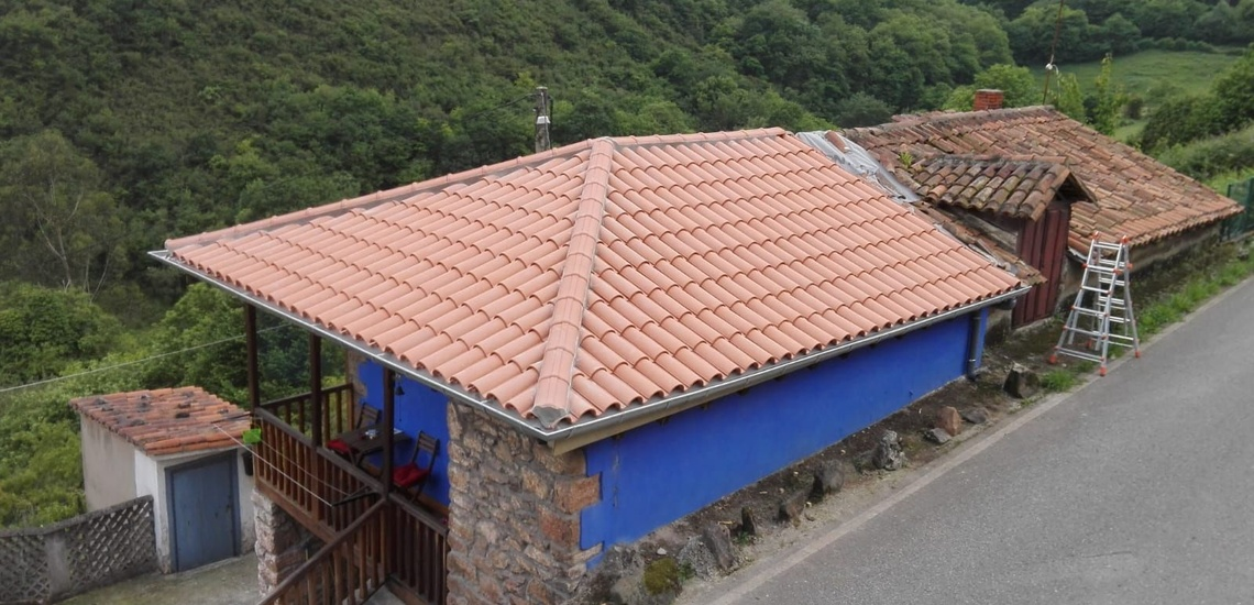Reparación de tejados en Gijón para evitar las filtraciones de agua