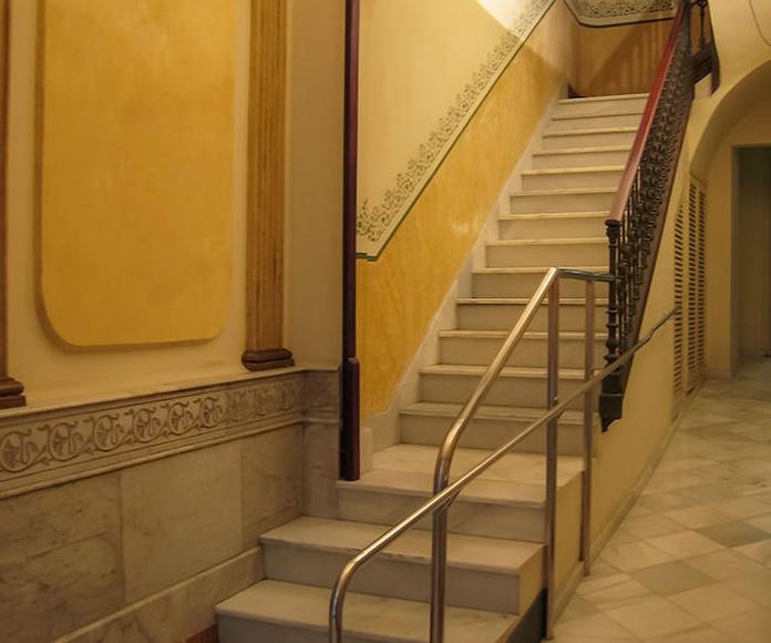 Hall Planta Baja- rampa de acceso.-