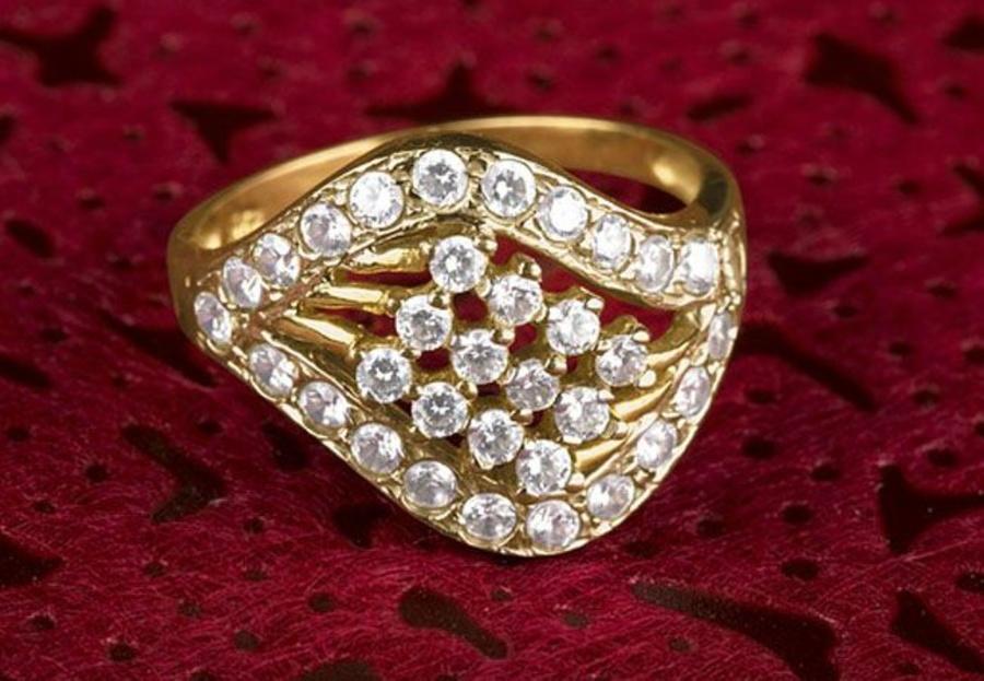 Conselhos para comprar uma joia com diamantes