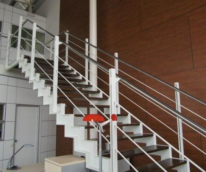 Escaleras y barandillas: Servicios y Proyectos de Estructures Metal.Liques Quintana, S. A. U