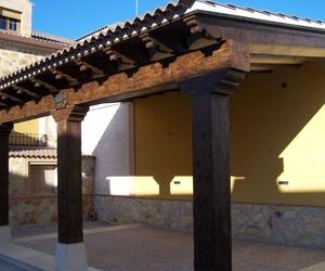 Bigas de piedra artificial imitación a madera