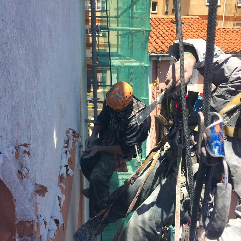 Trabajos verticales en Santander. Fachadas Cantabria.