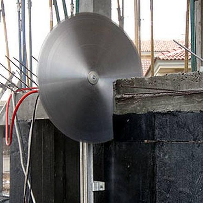 Corte con disco: Servicios de Perforaciones y Corte de Hormigón Miguel