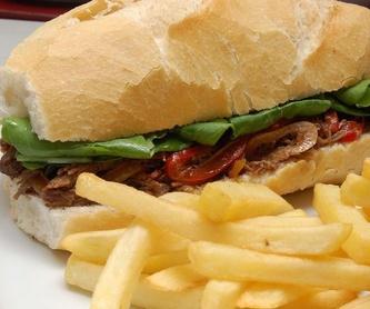 Almuerzo motero: Comidas y habitaciones de Hostal Restaurante Chema