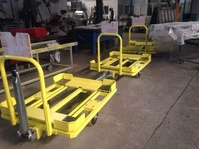 Carros transporte piezas Renault